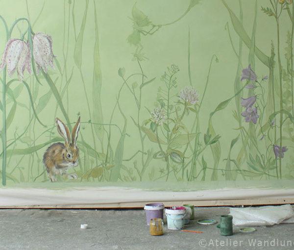 wandbespannung, atelier wandlungen berlin, Kinderzimmer, dekoration, malerei, wiese, hase, babyzimmer